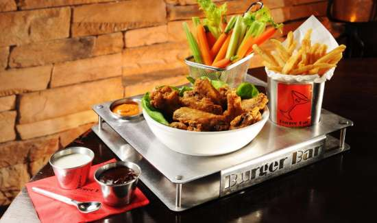 mandalay-bay-restaurant-shoppes-burger-bar-chicken-wings.tif.image.550.325.high