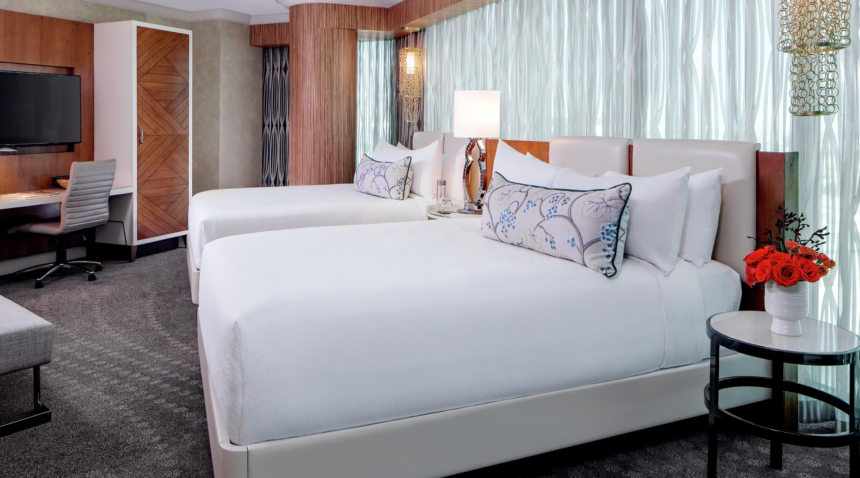 Panoramic 2 bedroom queen mandalay bay - Delano las vegas two bedroom suite ...